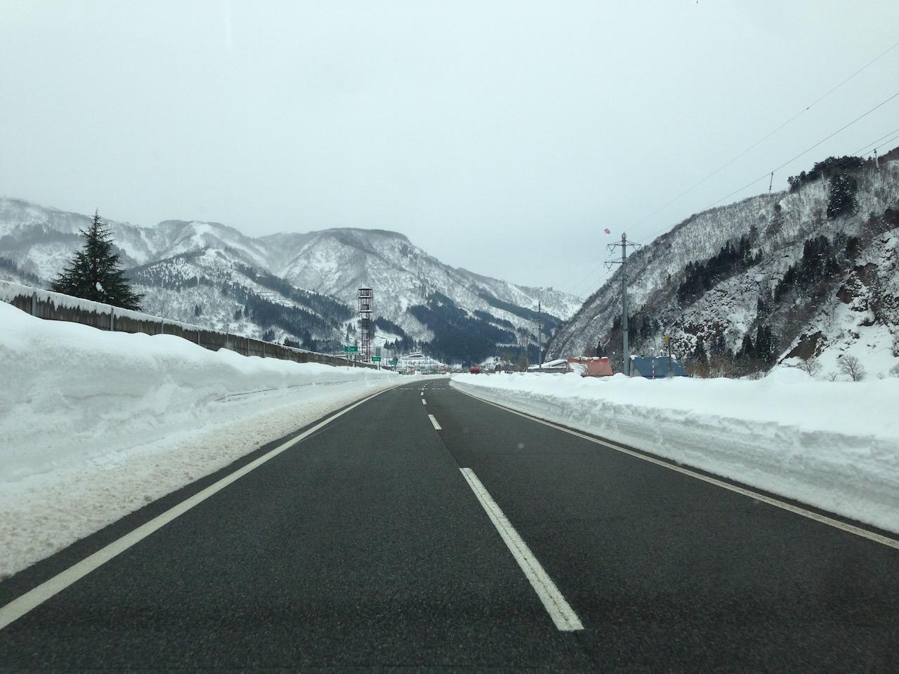 高速道路の除雪体制も完璧。